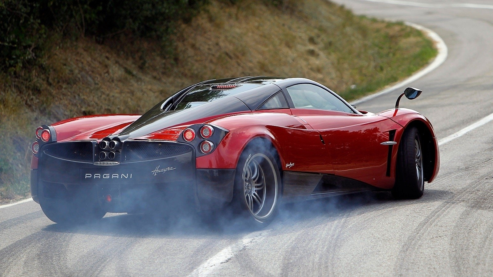 121 pagani huayra hd wallpapers | background images - wallpaper abyss