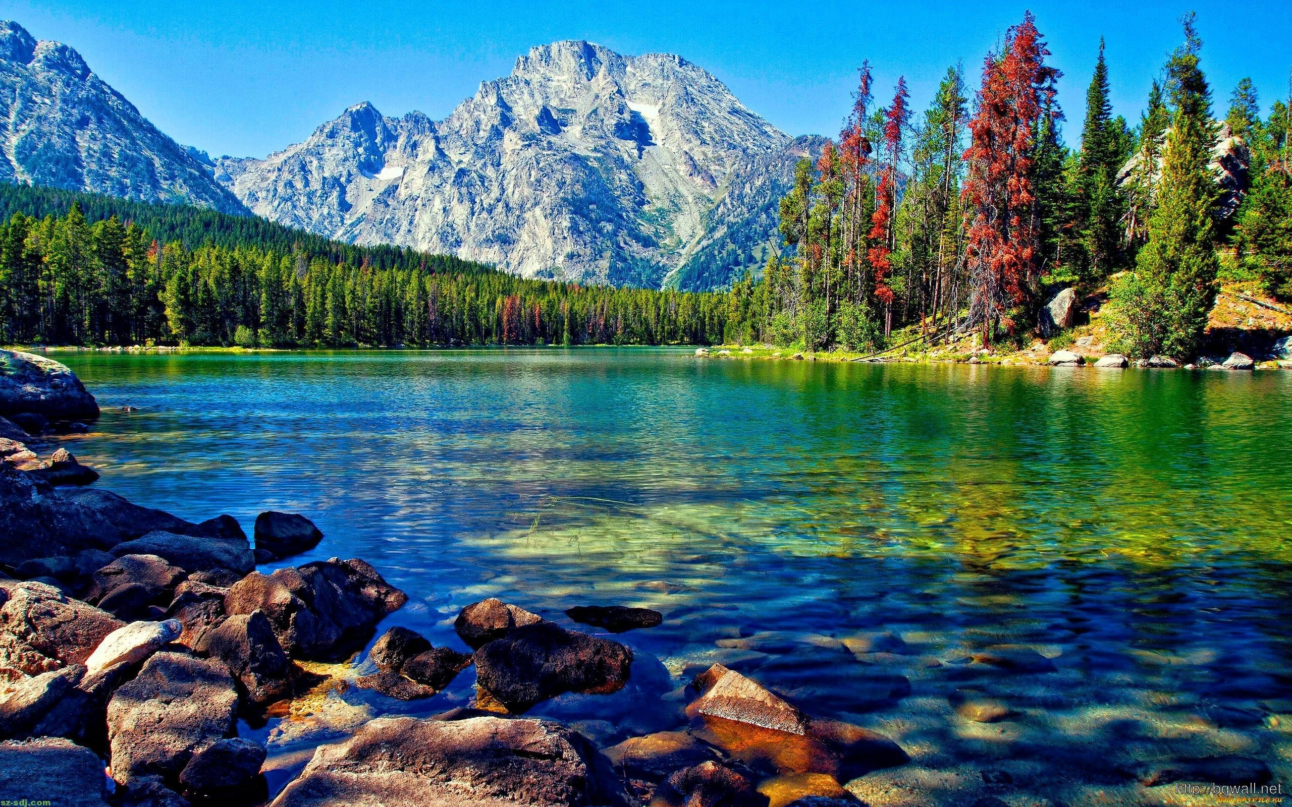 awesome lake with mountain wallpaper for desktop – background