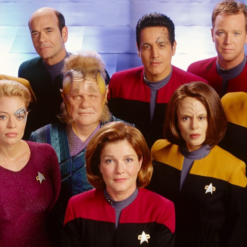 10 Latest Star Trek Crew Wallpaper FULL HD 1920×1080 For PC Background 2018 free download capt janeway crew uss voyager full hd wallpaper and background 800x800