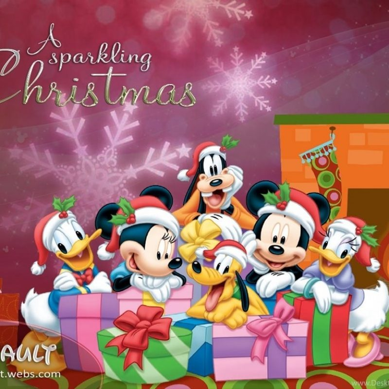 10 Latest Disney Christmas Wallpapers Backgrounds FULL HD 1080p For PC Background 2018 free download disney christmas wallpapers jhrmit christmas pictures images 800x800