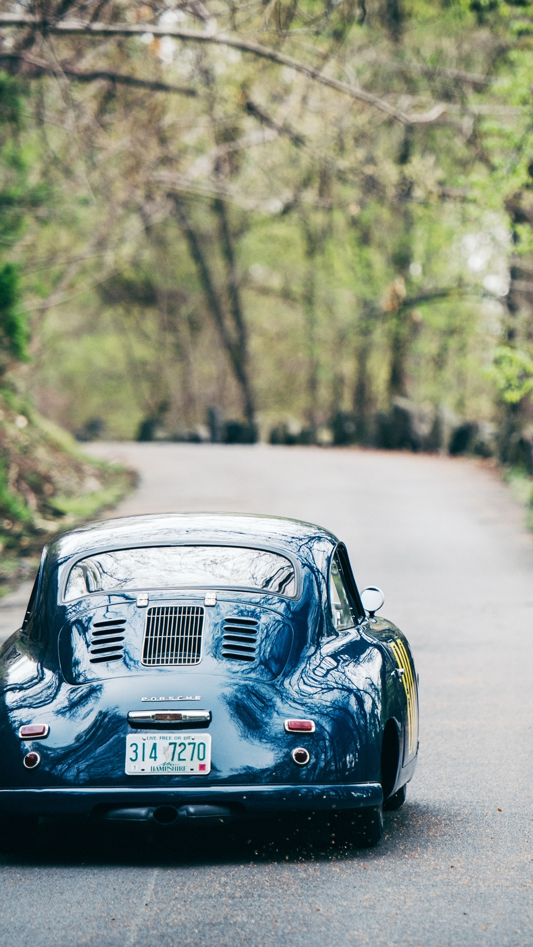 download this vintage porsche wallpaper • gear patrol