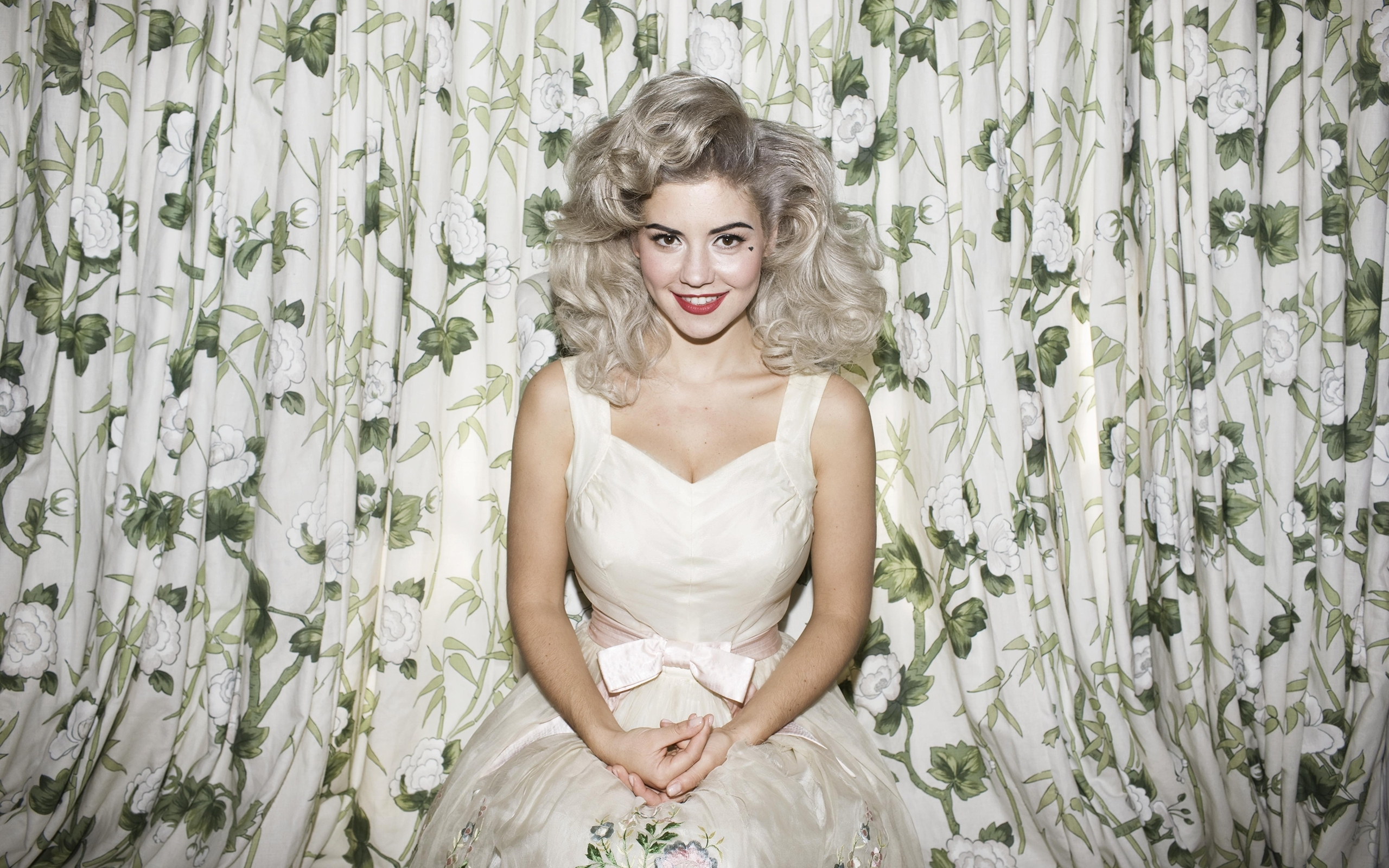 marina & the diamonds full hd wallpaper and background image
