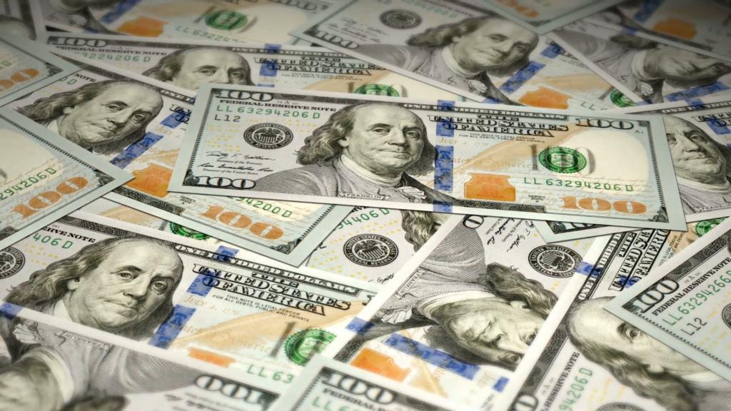 10 Top 100 Dollar Bills Background FULL HD 1920×1080 For PC Desktop 2020 free download new 100 dollar bills swing animation motion background videoblocks 1 1024x576