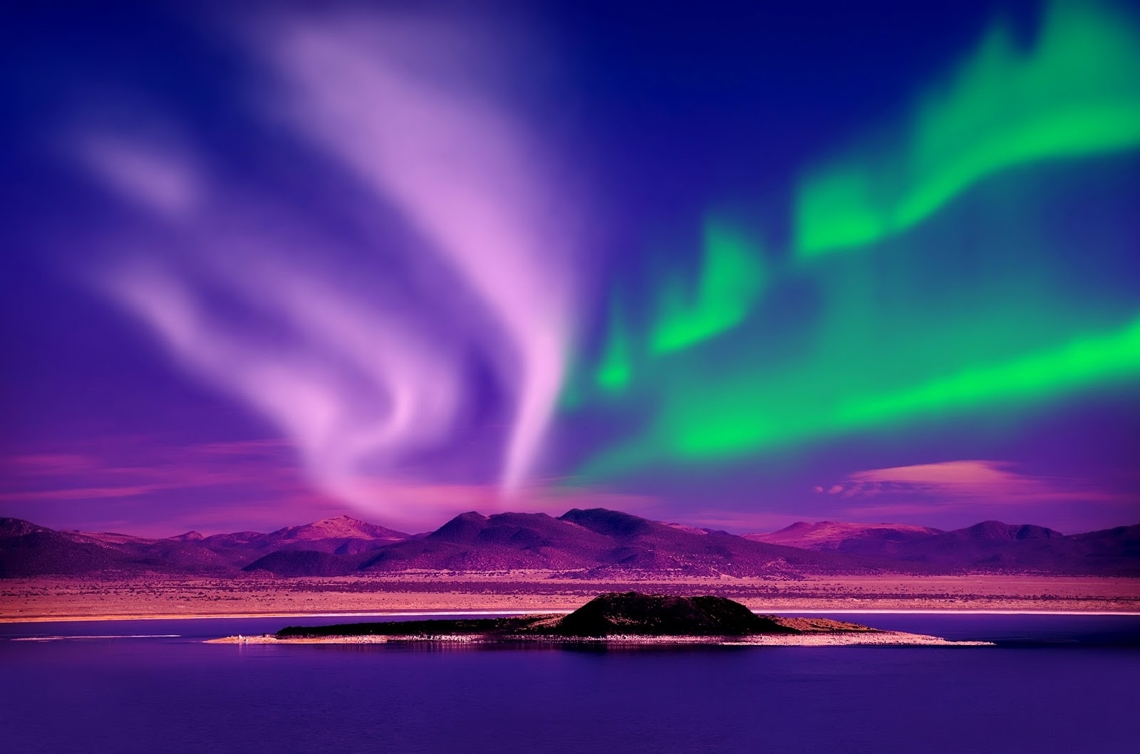 northern lights and camera capsule: november 2015