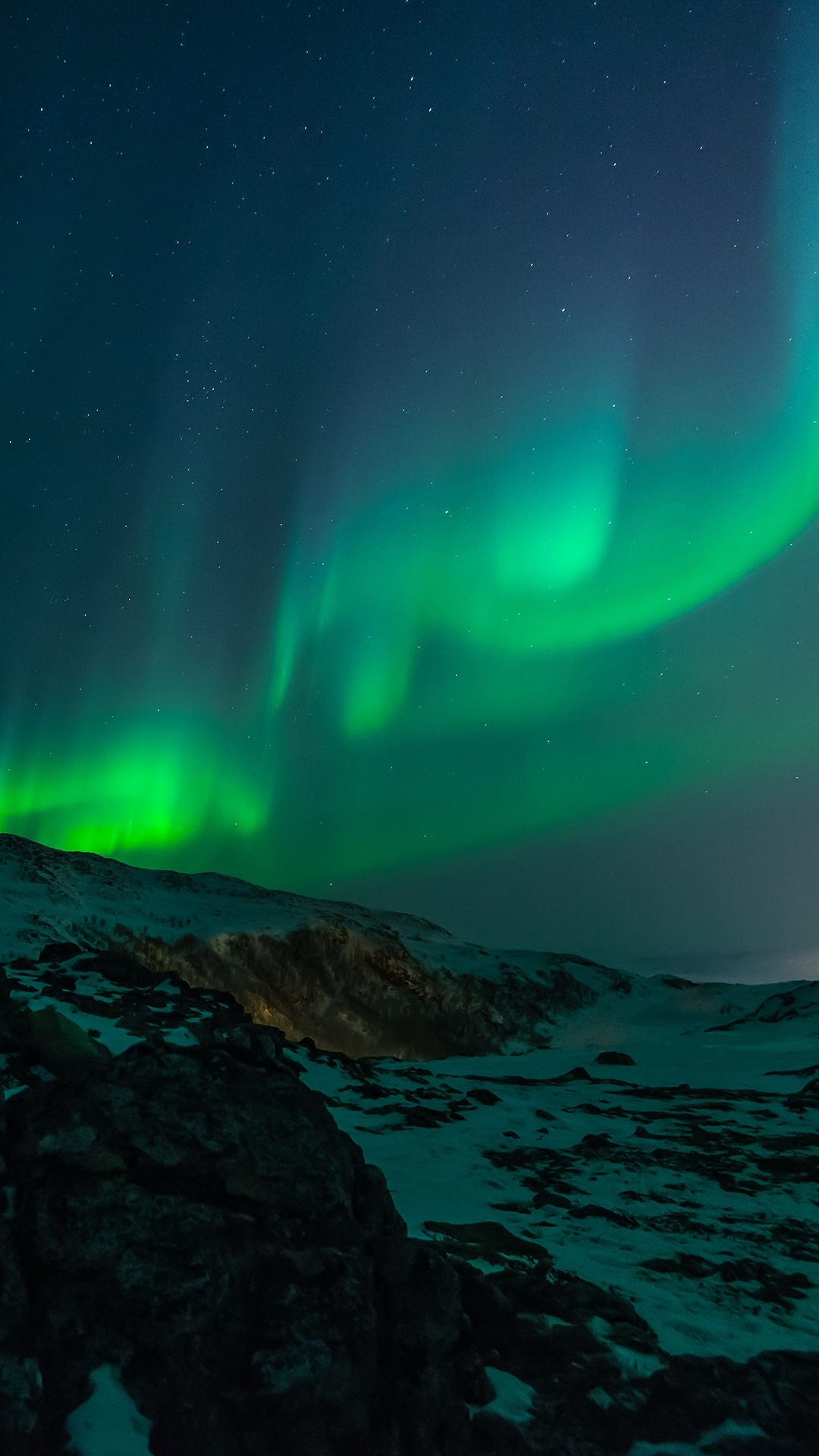 northern lights sky hd wallpaper for your mobile phone