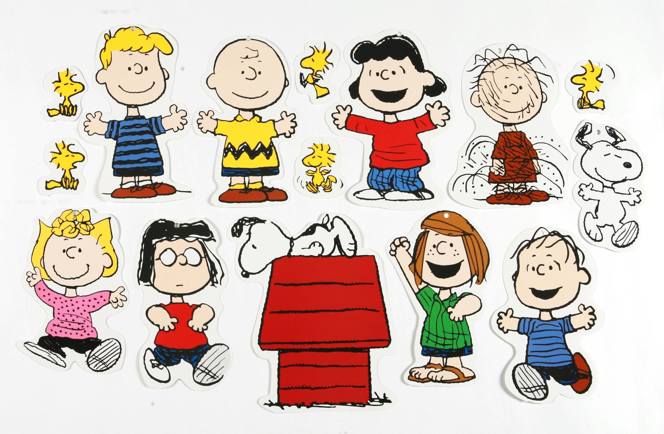 peanuts classic characters 2-sided classroom decor | eureka school