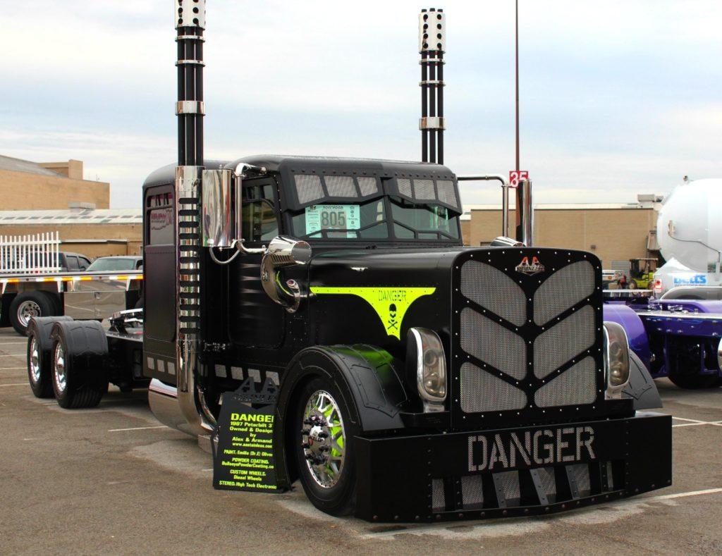10 Latest Cool Semi Trucks Pictures FULL HD 1920×1080 For PC Background 2018 free download peterbilt show trucks photos of cool custom semi trucks 1024x789