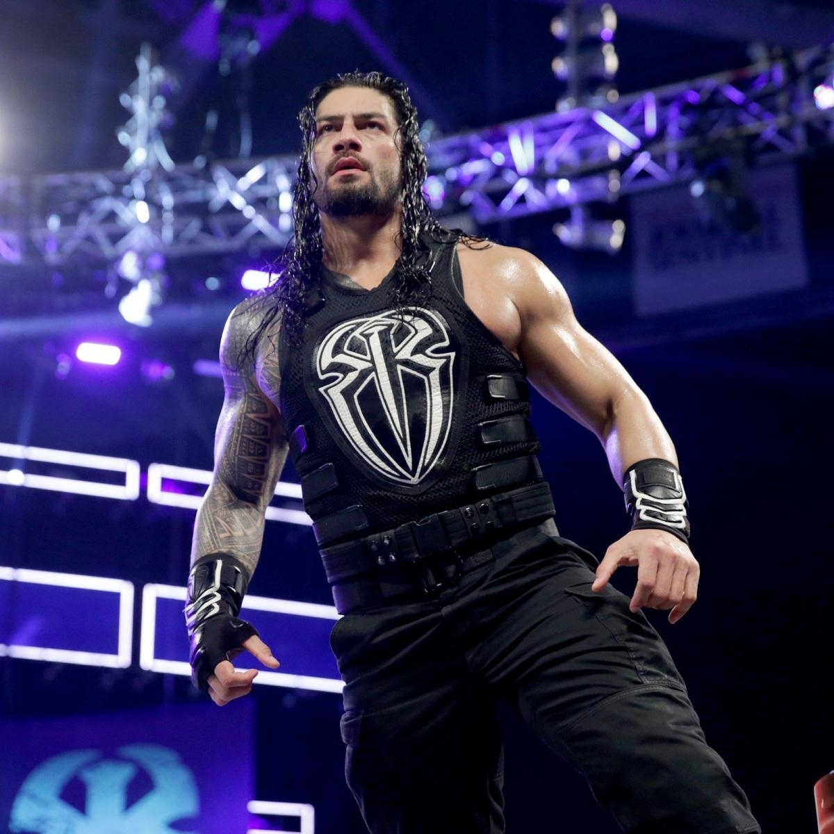 roman reigns vs. braun strowman: photos | wwe