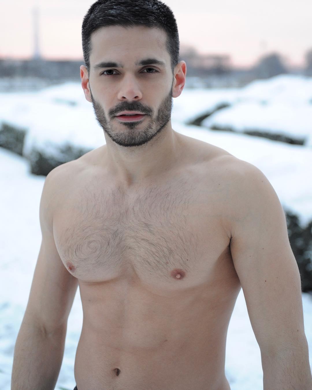 sexy : edouard collin, même pas froid - fringues de séries