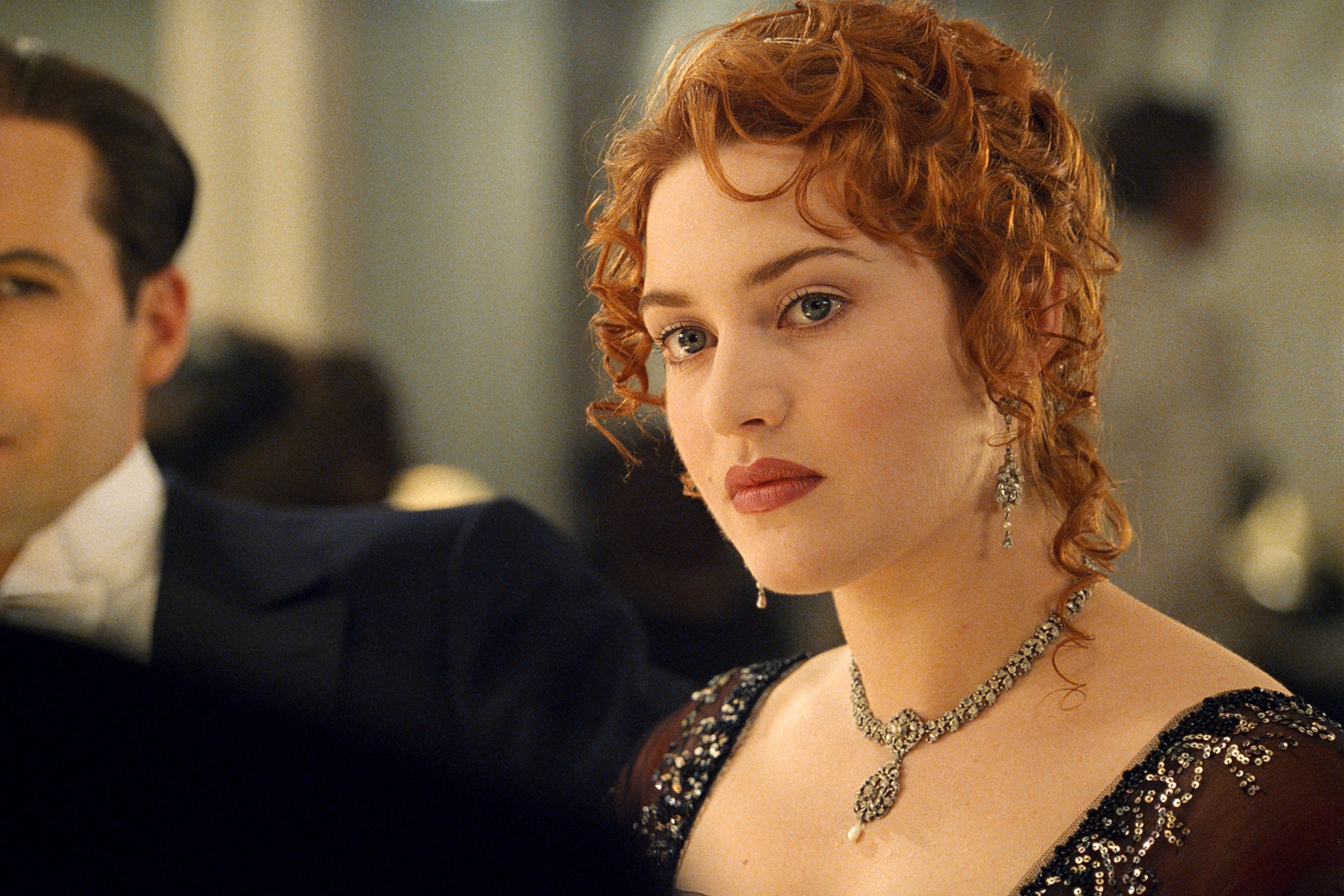 titanic 20th anniversary: kate winslet looks back on james cameron