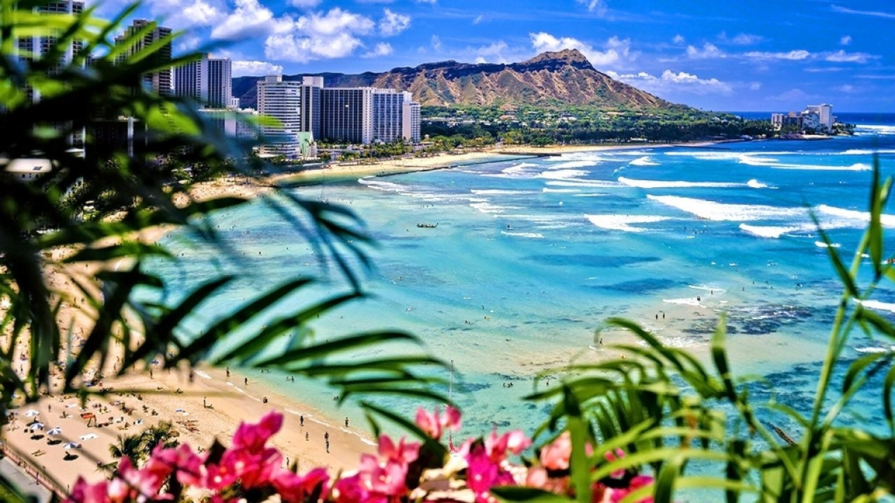 top 10 hawaiian beaches : beaches : travel channel | travel channel