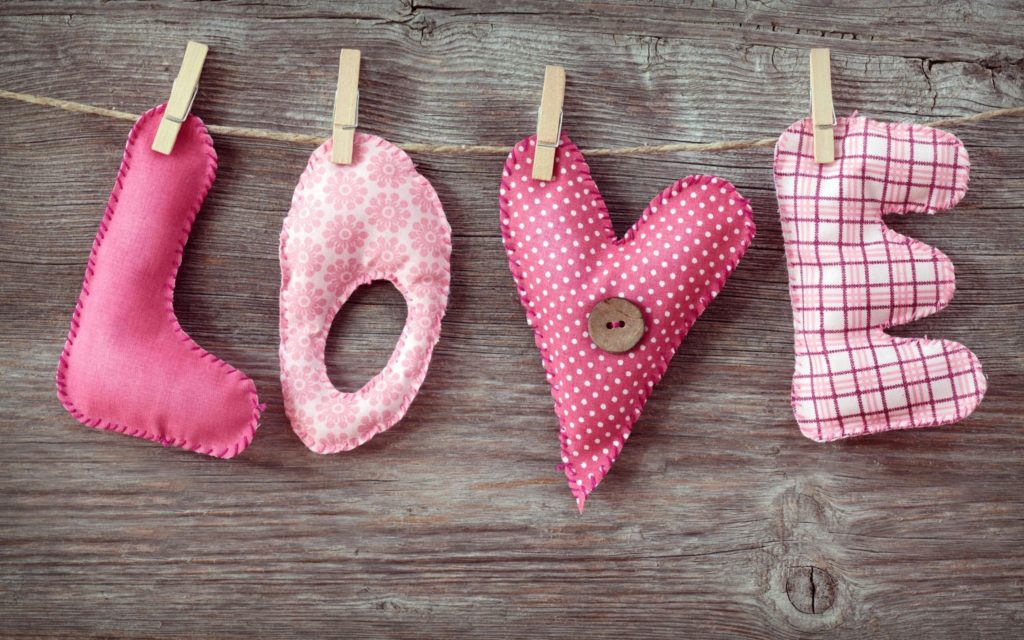 10 New Valentine Wallpapers For Desktop FULL HD 1080p For PC Desktop 2020 free download valentine desktop backgrounds group 80 1024x640